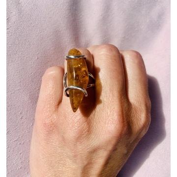 Srebrny pierścionek z bursztynem, hand made