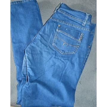 Spodnie, jeansowe, z kieszeniami