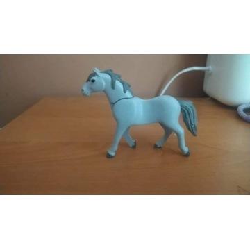 Playmobil koń