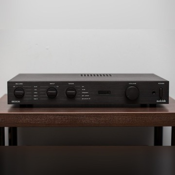 Wzmacniacz Audiolab 8000S