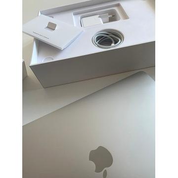 MacBook Pro 13 i5 2.3 8GB 128GB Iris 640 sylver