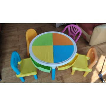 Stolik stoliczek dziecięcy z szufladami, 4 krzesła