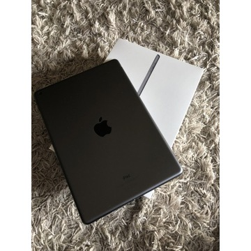 iPad-128gb-wifi-gwiezdna szarość
