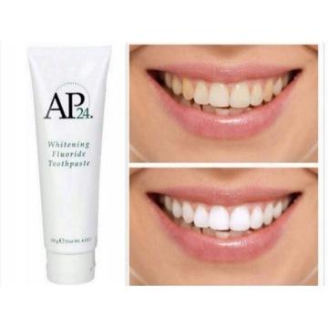 AP-24 Wybielająca pasta do zębów z fluorem NUSKIN