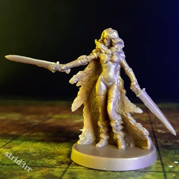 Barbarzynka - Figurka Dungeons & Dragons
