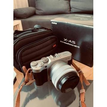 Aparat FUJIFILM X-A5 + XC 15-45mm Kit Srebrny