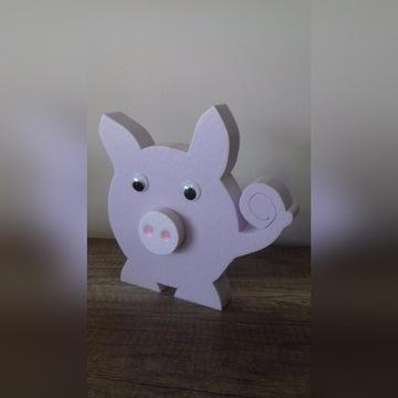 Urocza świnka, różowa świnka