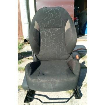 Fotel pasazera [Peugeot 2008]