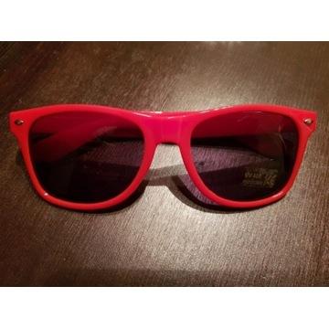 Nowe okulary przeciwsłoneczne z logo CocaCola.