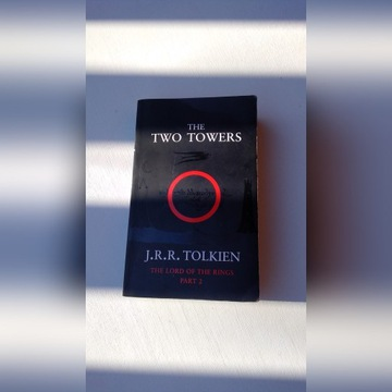 The Two Towers - J.R.R.Tolkien