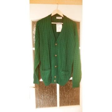 Sprzedam zielony sweter męski marki Jockey.