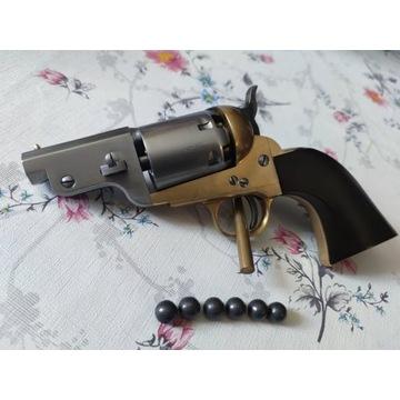 Nowy rewolwer Colt 1851 lufa 2.5 cala kaliber 44