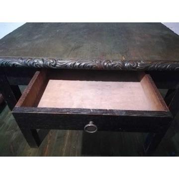 Stół drewniany, zdobiony, antyk