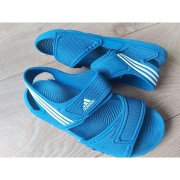 Klapki Adidas r. 33 OKAZJA!