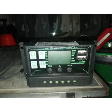 Kontroler regulator słoneczny 60A USB
