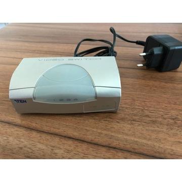 4 portowy wideo przełącznik