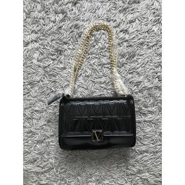 Czarna średnia torebka na ramię Victoria's Secret