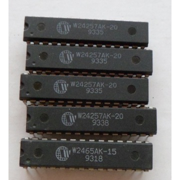 W24257 32kbit X 8 High Speed CMOS Static RAM