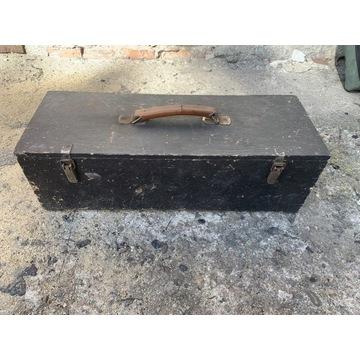 Skrzynka narzędziowa drewniana solidna