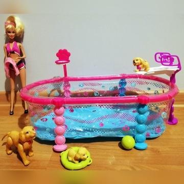 Lalka BARBIE basen pływających szczeniaczków