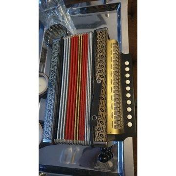Stary kolekcjonerski akordeon M.Hofner