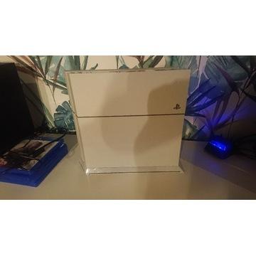 Konsola PS4 biała + pad, stand, ładowarka, 5 gier