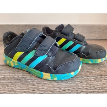 Buty Adidas r. 27 , 17 cm + gratis