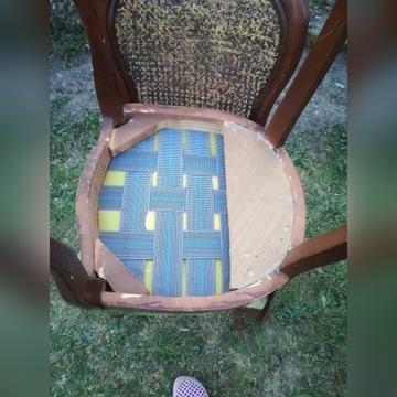 dwa krzesła drewniane Chippandale