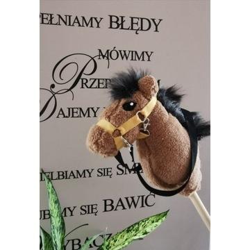 Koń Hobby Horse na kiju + akcesoria - Teddy