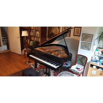 Fortepian Yamaha G.1
