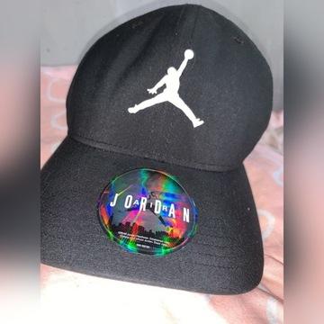 Sprzedam czapkę Jordan mało używana