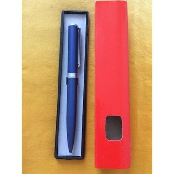Stalowy długopis – nowy
