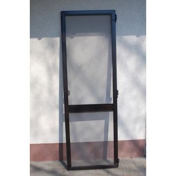 Drzwi siatkowe