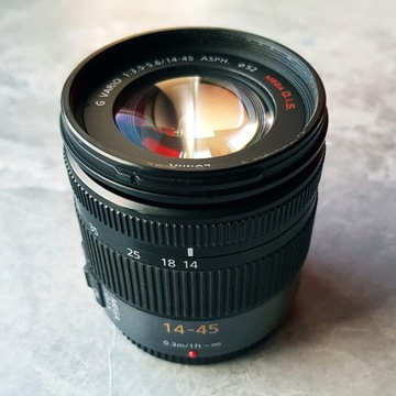 PANASONIC LUMIX G VARIO 14-45mm/F3.5-5.6 ASPH