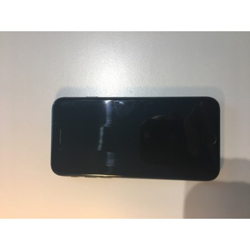 Sprzedam oryginalnego IPhone7 Bardzo Dobry Stan !!