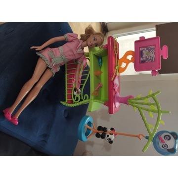 Lalka Barbie weterynarz pand