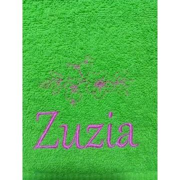 Ręcznik 30x50 z haftem imienia Zuzia
