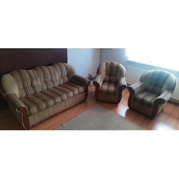 Sprzedam  kanapę z funkcją spania + dwa fotele