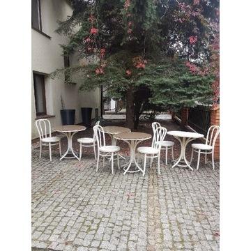 Mały bar Fameg Radomsko gięte krzesła stoły