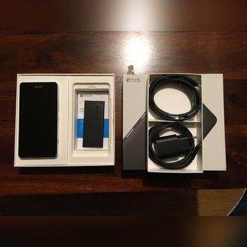 Microsoft Lumia 950 - w białym kolorze.