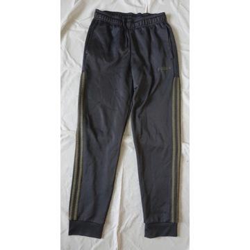 Adidas  spodnie dresowe S bdb