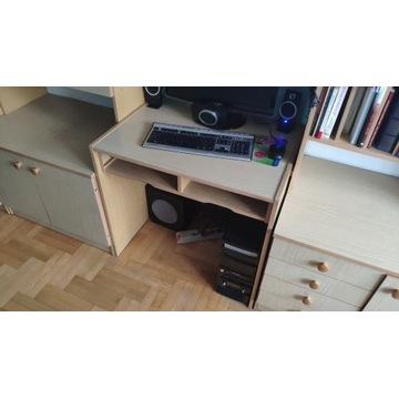 Małe biurko do pokoju młodzieżowego lub biura