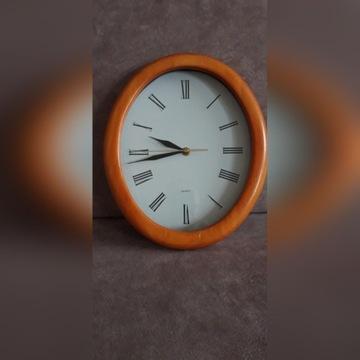 Zegar w ramce drewnianej