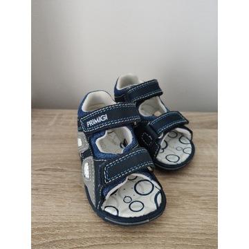 Sandałki dziecięce r.20 Primigi