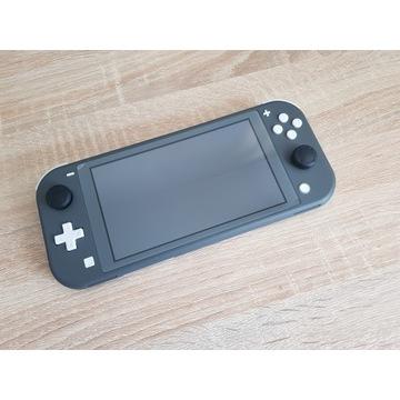 Switch Lite + etui + Bluetooth + szkło + FIFA19