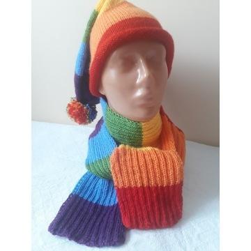 Rękodzieło-czapka i szal wykonana na drutach
