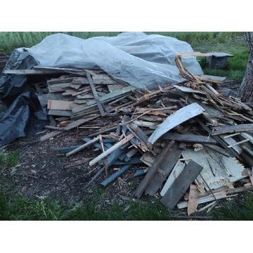 Deski i inne odpady drewniane na opał, za darmo