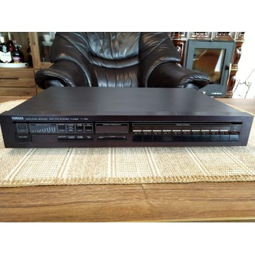 Yamaha Tuner T-720 natural sound AM/FM stereo
