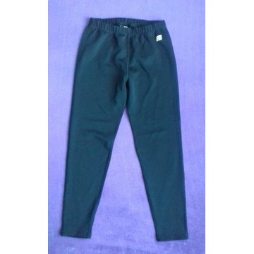 EWEREST czarne sportowe ciepłe legginsy r.146-152