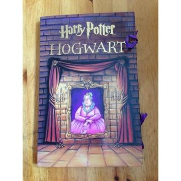 Harry Potter  Hogwart - Rozkładany domek tekturowy